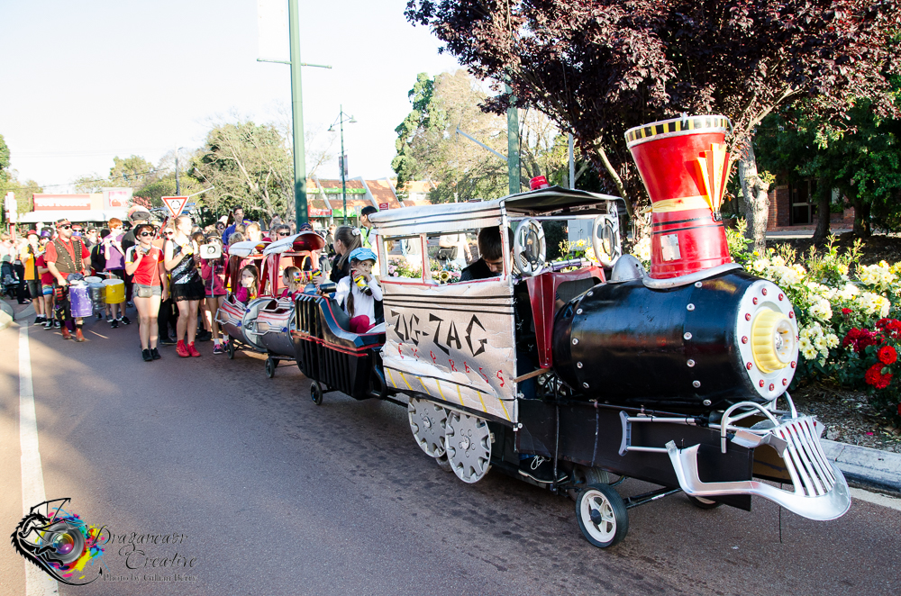 2015 Zig Zag Festival Parade Float-Lil Black Kettle- the Zig Zag Railway Train